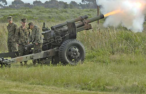 M101A1-105mm-Howitzer